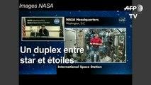 Brad Pitt discute avec un astronaute de la NASA à bord de l'ISS