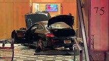Une voiture fonce dans le hall d'entrée d'un immeuble appartenant à Trump