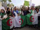 Cezayirli öğrencilerden Cumhurbaşkanlığı seçimi protestosu