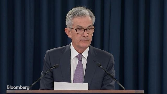 Powell Says Fed Rate Cut Is Insurance Against Ongoing Risks