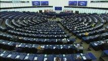 Europarlamento vota risoluzione su Brexit favorevole a proroga