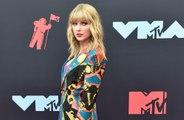 Taylor Swift define a Kanye West como un hipócrita 'con dos caras'