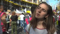 15.000 personnes dans les rues de Bruxelles: interview d'Adelaïde Charlier