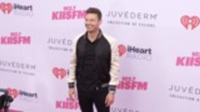 Ryan Seacrest Signs New Deal to Return as 'American Idol' Host | THR News