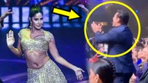 IIFA 2019 | Salman Khan CHEERS For Katrina Kaif, Gets Up From His Seat