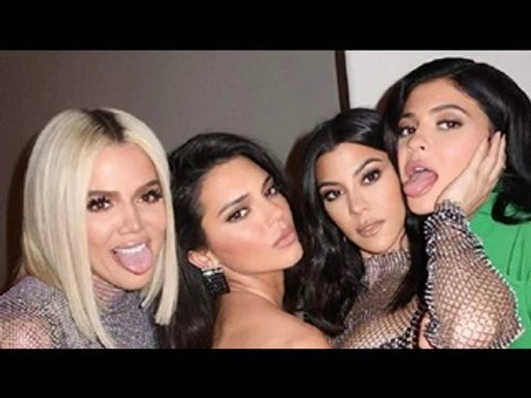 Keeping Up with the Kardashians Season 17 Episode 4 : English Subtitle