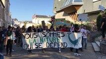 La marche pour le climat à Laval ce samedi 21 septembre rassemble près de 250 personnes.