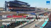 Franky Zapata a donné le départ du Grand Prix Meule Bleue sur le circuit Bugatti du Mans