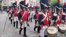 Le défilé des Grognards, la musique des anciens du 18e régiment de transmission d'Epinal à l'occasion de la Saint-Gabriel qui rend hommage à ce régiment dissous en 1997 avant d'être recréé en Normandie puis en Moselle