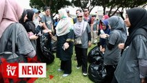 'Plogging' their way to cash from trash in Ampang