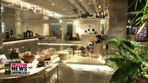 Cafes turn into botanical gardens, art galleries to attract customers