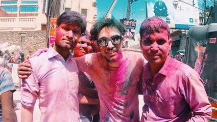 İŞTE! Hindistan'nın ÇILGIN Renk Festivalinde Başıma Gelenler!