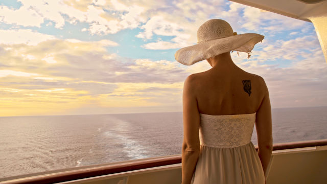 The Pros and Cons of Booking Cruise and Flight Packages