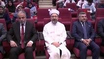 """Ali Erbaş, """"Ruhu doğru dini bilgi ile beslemek bozulan dünyanın dengesini düzeltmek için önemlidir"""""""