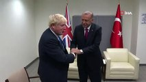 Boris her zamanki gibi! Boris Johnson, Cumhurbaşkanı Erdoğan'la görüşmesinde rahat oturuşuyla dikkat çekti