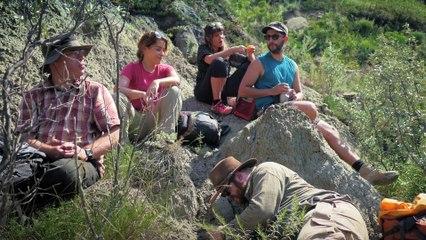 Sur les traces des dinosaures #3   Sur les routes de la science Alberta