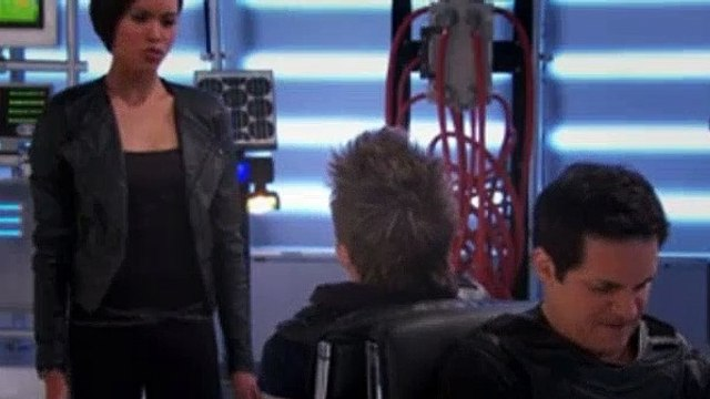 Lab Rats Season 4 Episode 24 - The Vanishing (2)