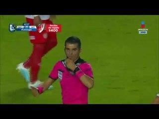 Otra vez anulan gol de los Gallos contra Rayos   Querétaro vs Necaxa