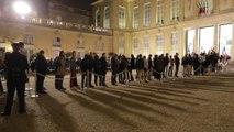 À l'Elysée, les Français rendent hommage à Jacques Chirac