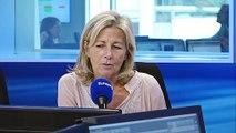 """Claire Chazal : """"J'ai toujours senti une distance que Jacques Chirac établissait avec moi"""""""