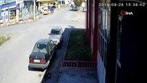 Ticari araç ile otomobilin çarpışma anı kamerada