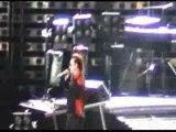 U2 Vertigo Tour (Madrid): defect microphone