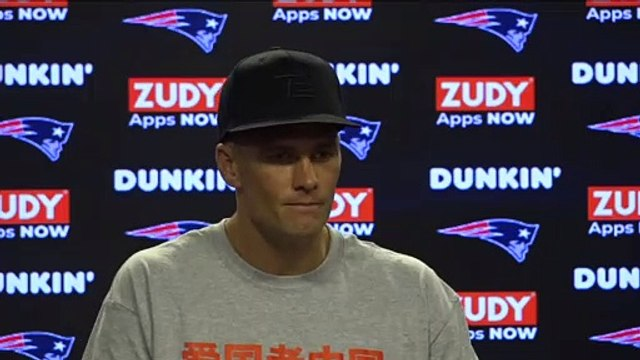 """Tom Brady Puts Media On Notice: """"Where's Your Hydration?"""""""