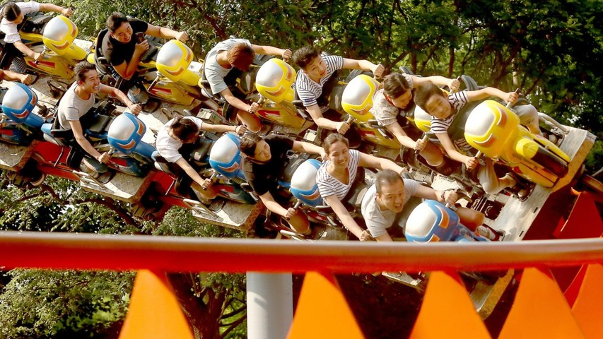 Two Killed In Mexico When Roller Coaster Jumps Track