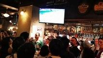 La victoire du Japon sur l'Irlande dans un pub à Osaka