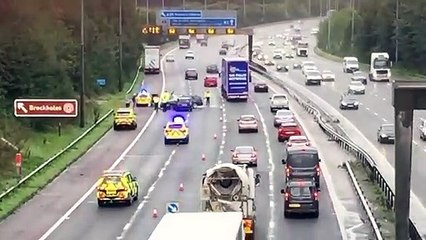 M6 crash at junction 31a