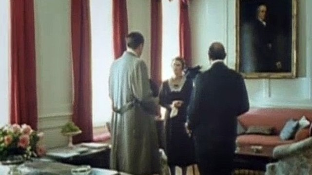 Agatha Christie's Poirot Season 4 Episode 3 One, Two, Buckle My Shoe (1992) Part 01