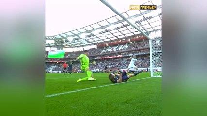 Football - L'incroyable double sauvetage d'Evgeny Tchernov !