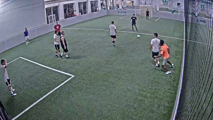 10/02/2019 00:00:01 - Sofive Soccer Centers Brooklyn - Santiago Bernabeu