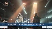 Gelar Konser Perdananya di Indonesia, Vokalis Lukas Graham Pakai Batik