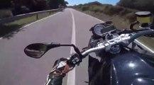 VÍDEO: Este motorista se da cuenta demasiado tarde de su error