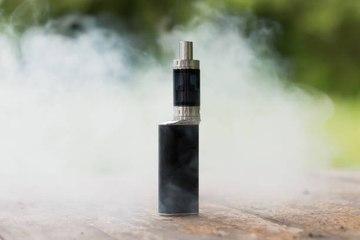 JUUL CEO warnt vor dem Gebrauch seiner E-Zigaretten
