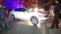 Kalp krizi geçirdiği iddia edilen otomobil sürücüsü demirlere çarparak durabildi