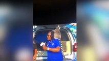 Lemur le quita la peluca a una periodista en directo