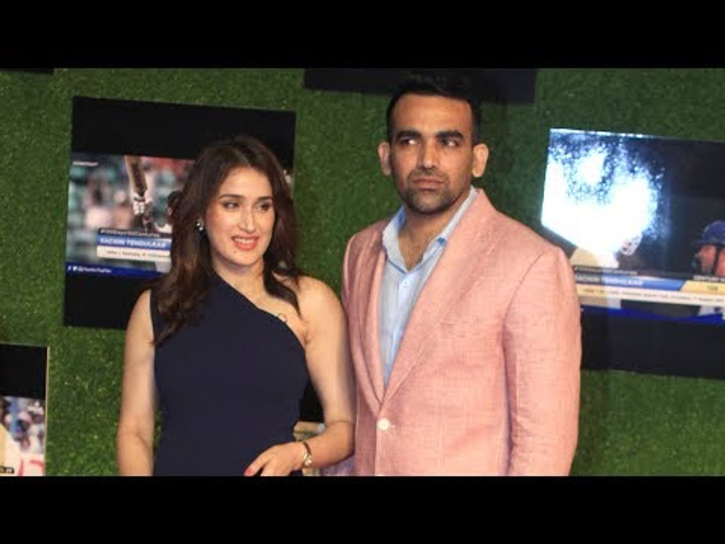 Zaheer Khan and Sagarika Ghatge at Sachin: A Billion Dreams Premiere | SpotboyE