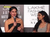 Kareena Kapoor Khan Walks the Ramp at the Grand Finale of Lakme Fashion Week 2019 | SpotboyE