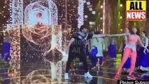 Mehwish Hayat And Ahsan khan Dance Video | Mehwish Hayat Dance | Sexy Dance | Award