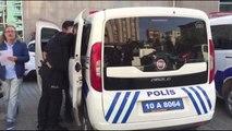 İşten çıkartılan bir kişi Edremit Belediyesine silahlı saldırıda bulundu - BALIKESİR