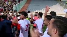 Las mujeres iraníes asisten a su primer partido de fútbol desde 1979