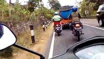 extreme   moto   rider