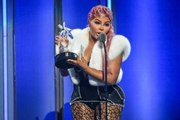 Lil' Kim Pays Tribute to Biggie at 2019 BET Hip Hop Awards