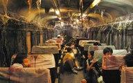 【晓敏讲故事】列车上的人死了16年,他们自己却不知道,还在等着停车下车