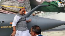 जब 71 साल पहले नेहरू ने की थी जहाज की पूजा