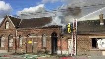 L'ancienne gare de Rhisnes en feu