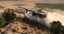 Resulayn'da Milli Ordu'yu karşılarında gören YPG/PKK'lı teröristler silahlarını bırakıp kaçtı!