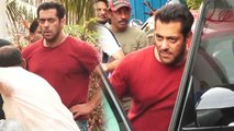 Salman Khan SPOTTED in swag at Bandra; Watch Video |FilmiBeat